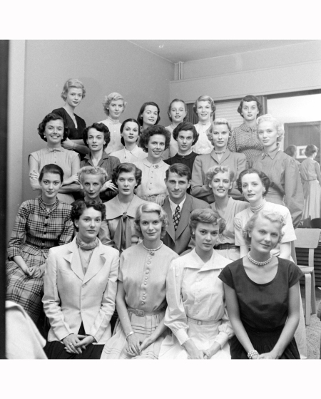 joan-pedersen-2nd-girl-from-the-right-on-third-row-from-the-bottom-with-choker-necklace