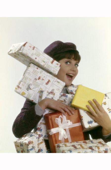photo-henk-hilterman-shot-studio-christmas-shopping-1963