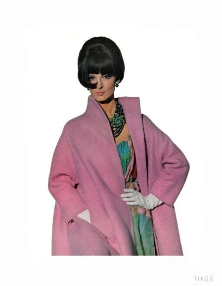 veruschka-wilhelmina-mirelli-petteni-and-brigitte-bauer-vogue-feb-1965-irving-penn-penn-b