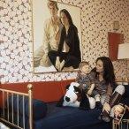 alexander-and-mother-diane-von-furstenberg-at-home-in-their-manhattan-apartment-circa-april-1971-vogue-1972-horst-p-horst
