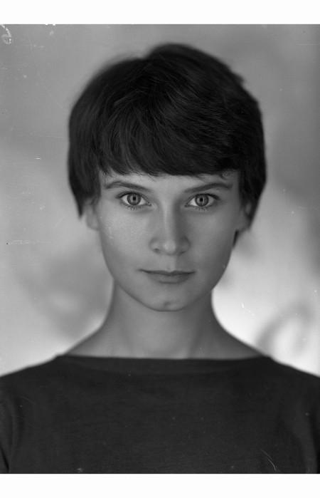 annamaria-guarnieri-01121956-importante-attrice-italiana-soprattuto-di-teatro-al-cinema-ha-fatto-come-lamore-1968-una-vergine-per-il-principe-1965-giovani-mariti-1958-pasquale-de-a