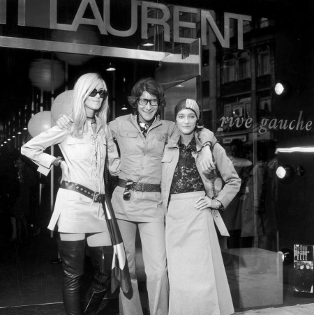 betty-catroux-yves-saint-laurent-e-loulou-de-la-falaise-london-1969-getty-archive