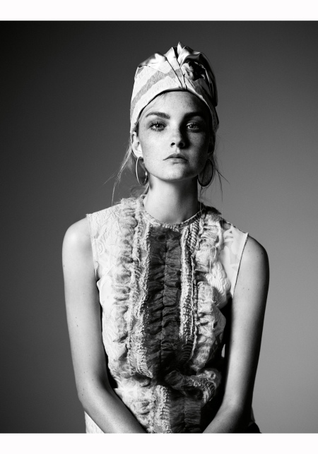 caroline-trentini-w-mag-may-2015-willy-vanderperre-a