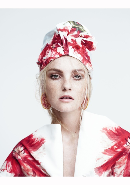 caroline-trentini-w-mag-may-2015-willy-vanderperre-d