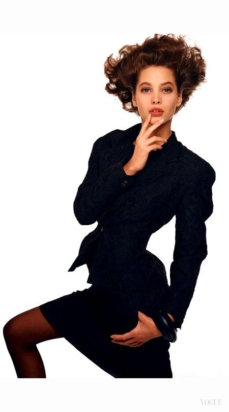 chrisy-turlington-delicious-black-dressing-august-1986-steven-meisel