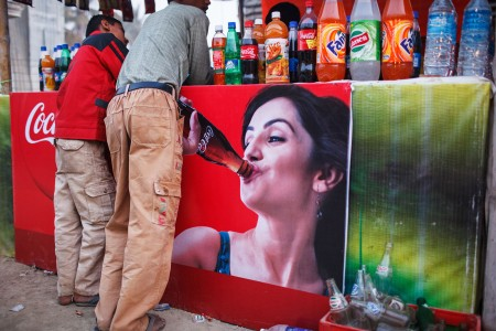 india_sonepur_mela_coca_cola_fair_event_color_street_photography