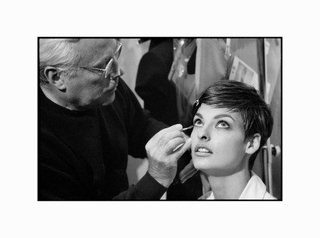italian-fashion-designer-giorgio-armani-with-model-linda-evangelista-1990-martine-frank