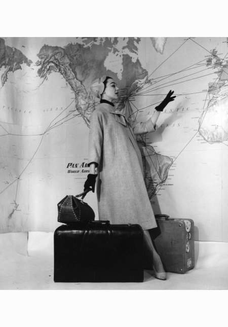 ivy-nicholson-in-coat-by-fabiani-1955-pasquale-de-antonis-b