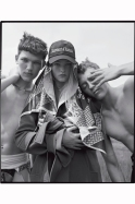 jean-campbell-alice-wheeler-tyler-cowan-james-fleury-sam-marriot-jack-northwick-ryan-skelton-harry-smith-john-william-watson-brandon-have-fun-vogue-italia-november-2016-tim-walker-11