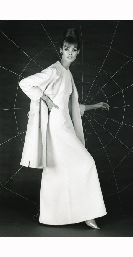 jean-shrimpton-in-susan-small-coat-1962-ron-falloon-d