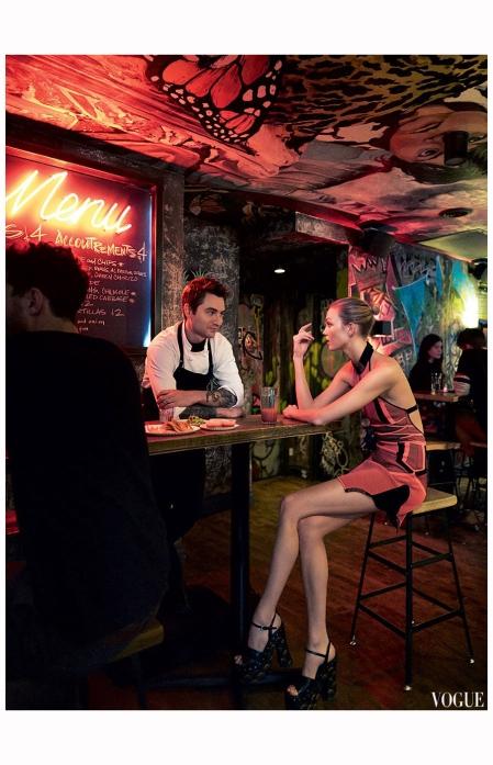 karlie-kloss-chef-alex-stupak-vogue-us-march-2015-photo-mikael-jansson