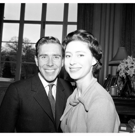 lord-snowdon-with-princess-margaret-spending-the-weekend-at-royal-lodge