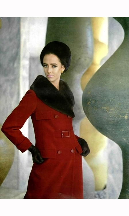 maggi-eckardt-in-red-wool-jersey-coat-with-seal-collar-and-wearing-seal-fur-hat-by-ninna-ricci-1960-philippe-pottier