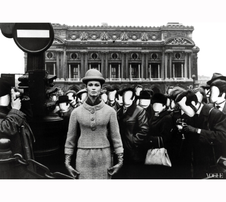 marie-lise-grc3a8s-among-a-swarm-of-faceless-onlookers-in-front-of-the-paris-opera-photographed-by-william-klein-vogue-1963pst