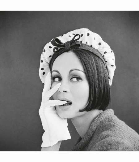 marie-lise-gres-with-a-spotted-bonnet-1960s-photo-john-french