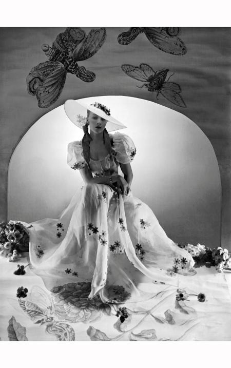 model-wearing-lanvins-vogue-april-1938-horst-p-horst