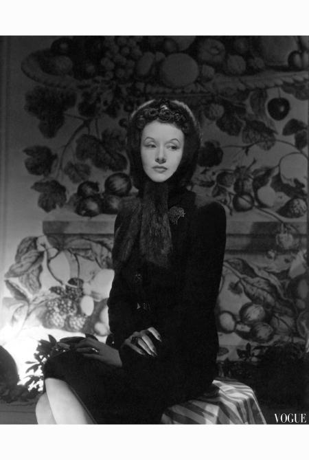 mrs-huttleston-rogers-wearing-a-fur-hat-horst-p-horst-vogue-november-1942-1