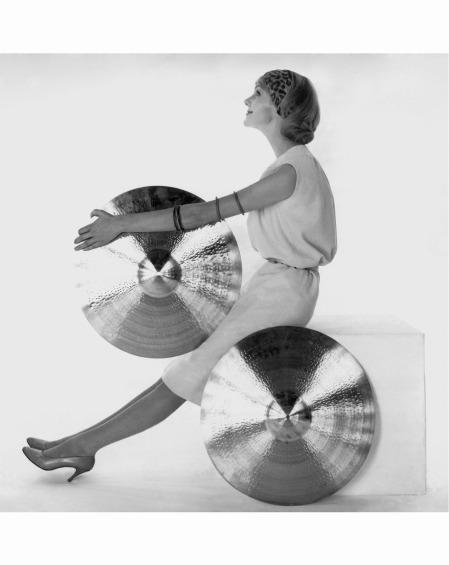 nicole-de-la-marge-wearing-chloe-springsummer-1958