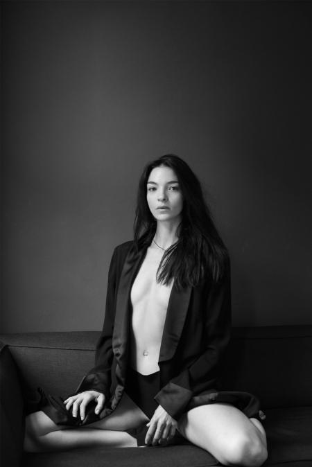 portrait-mariacarla-boscono-dec-2015-johan-lindenberg-b