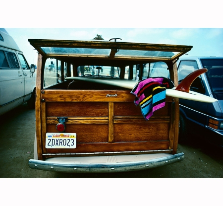 san-onofre-parking-1978-jeff-divine-had-been-part-of-the-surf-scene-since-the-1960s-and-began-to-photograph-his-fellow-surfers-in-his-hometown-of-la-jolla-california