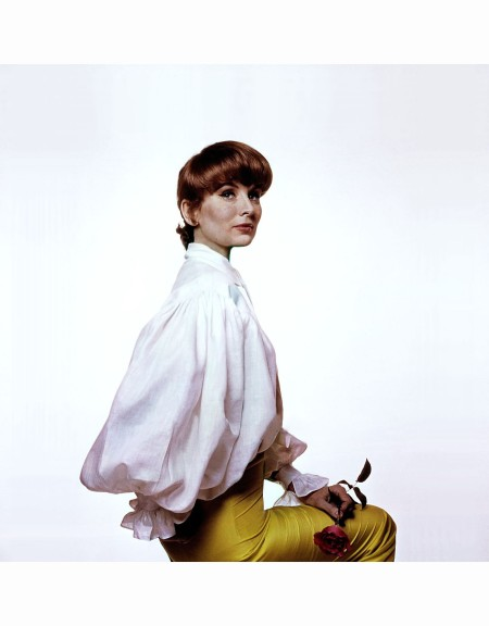 suzy-parker-in-tom-jones-shirt-by-jax-and-yellow-jax-pants-vogue-1964-bert-stern