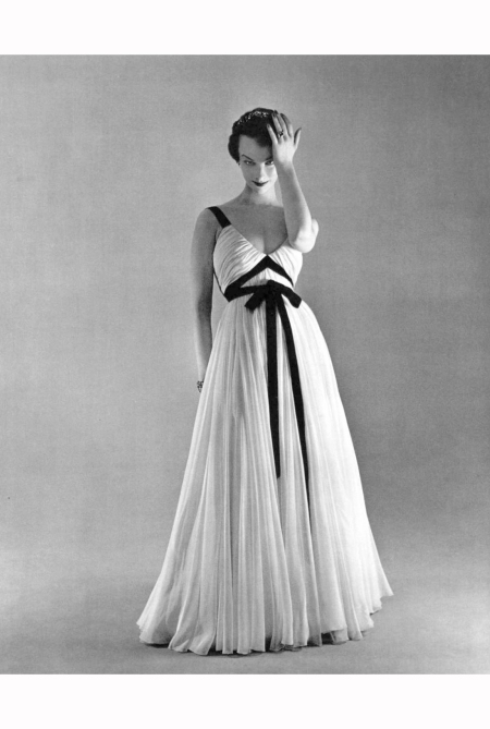 victoria-von-hagen-in-white-mousseline-evening-dress-adorned-with-black-ribbons-by-jacques-griffelofficiel-1953-philippe-pottier