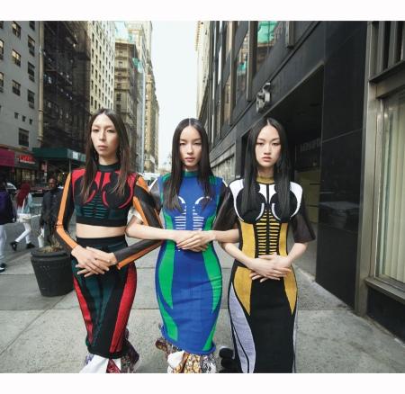 w-magazine-august-2016-mert-alas-marcus-piggot-louis-vuitton-issa-lish-jing-wen-fei-fei-sun
