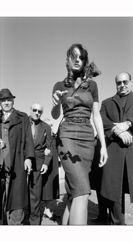 usa-queens-new-york-2005-fashion-shoot-mafia-funeral