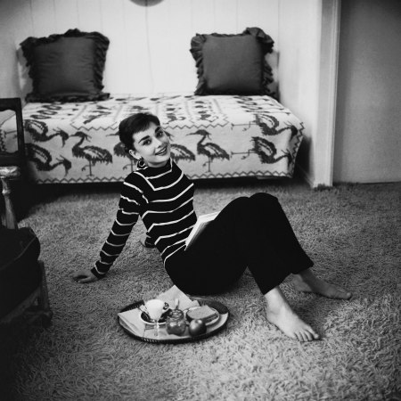 Audrey Hepburn eating breakfast before going to the Paramount studio where she is filming Sabrina, photo by Mark Shaw, December 1953
