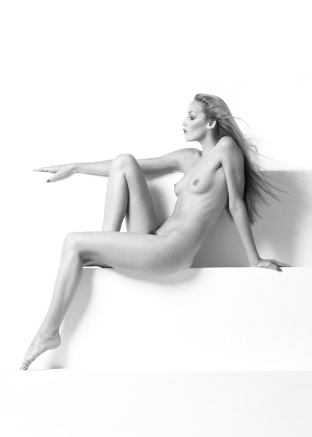 Jerry Hall Nude Black and White, 1971 © Pierre Houles