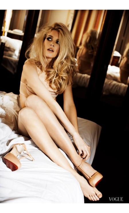 Vogue Italia in 2008 (Ellen von Unwerth:Trunk Archive)