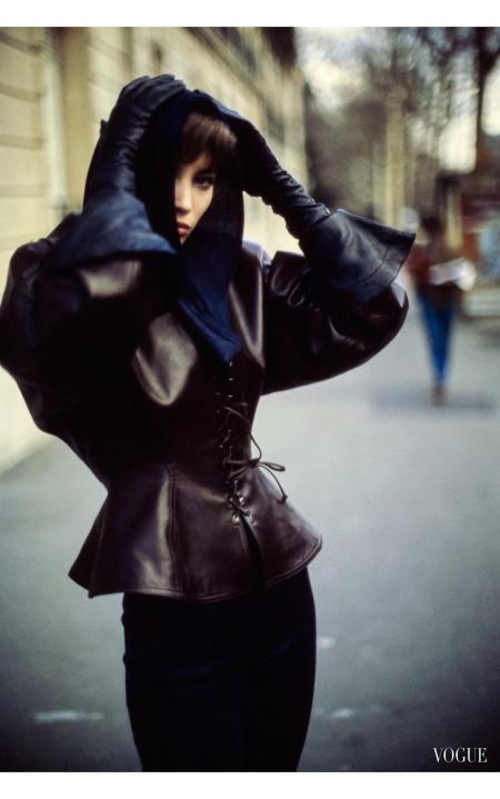 Alaïa_s laced leather worn by Christy Turlington Vogue, June 1986 © Arthur Elgort