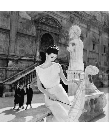 Barbara Mullen, Piazza Pretoria, Palermo, Sicily, 1950 copia