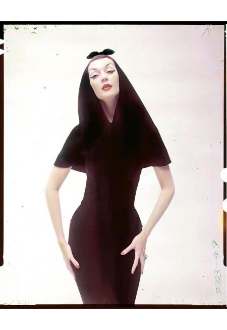 Dovima wearing a hooded dinner dress by Balenciaga from 1949 large