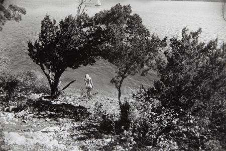 Hippy Hollow, Lake Travis, Austin, Texas 1973 © Gerry Winogrand