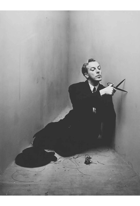 Jacques Fath photographed in New York by Irving Penn - 1948 copia