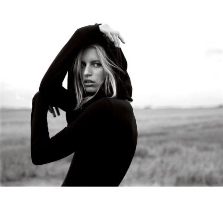 Karolina Kurkova © Jan Welters