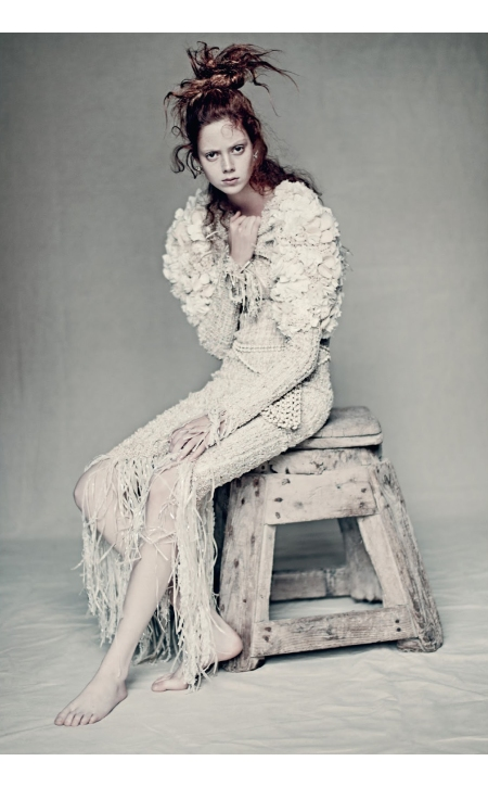 Natalie Westling presenting Chanel couture pieces Vogue it © Paolo Roversi