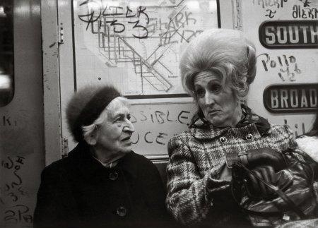 NY 1972 The Subway Portait © Helen Levitt