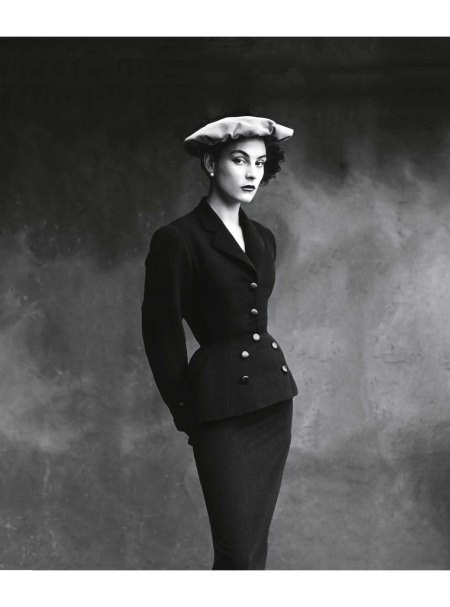 photo-irving-penn-balenciaga_s-favorite-model-colette-in-a-suit-from-1950-vogue-conde-nast-publications-inc-1950