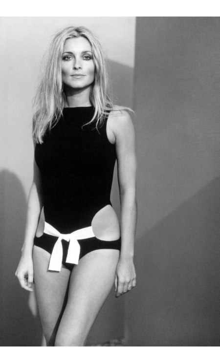 Sharon Tate in a bathing suit by Rudi Gernreich,1969 © Hatami
