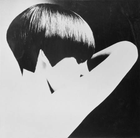 Welsh model, and Vogue journalist Grace Coddington modelling a geometric bob-cut hairstyle by Vidal Sassoon, circa 1965. © David Montgomery b
