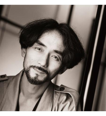 Yohji Yamamoto, Atelier Portrait, Paris, 1985 © Matthew Rolston