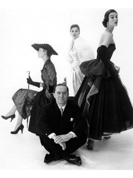 Guiseppe Gustavo Mattli also sometimes Jo Mattli, was a Swiss-born and London-based fashion designer with three fashion models 1953 copia
