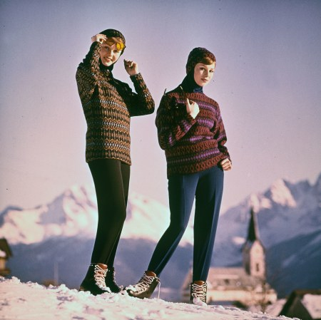 Hans Heitsch 1960's Original Iceland Sweaters Model 'Igloo'. Design by Hans Heitsch. Made in Sweden for P&M Distributors, Inc. Girls wear the latest in ski boots by the handmade Italian
