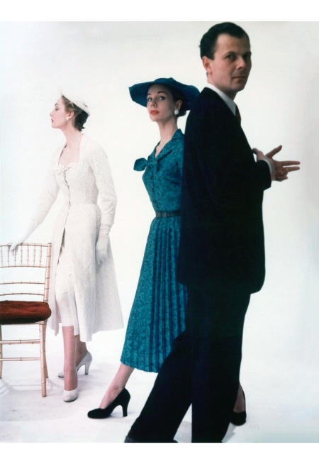Irish London-based couturier of the 1950s and 1960s John Bryan Cavanagh with two fashion models 1953