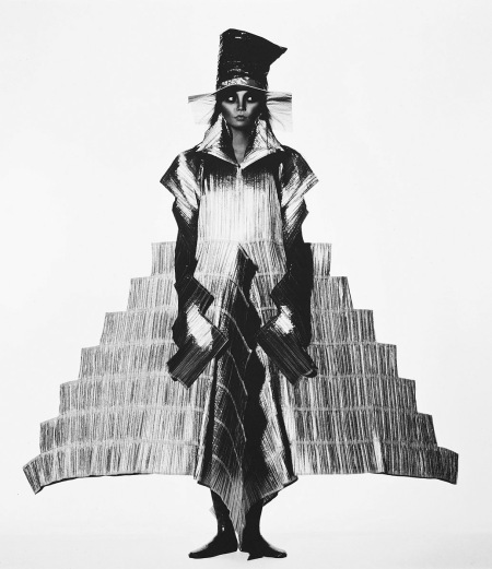 Issey Miyake Staircase Dress, New York, 1994 copia