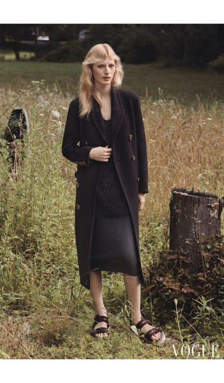 Julia Nobis November 2014