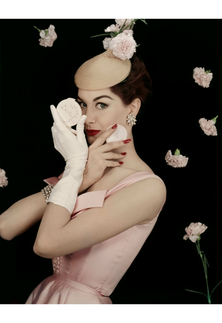 Le Poudrier for Elizabeth Arden, 1955. Model Nancy Berg