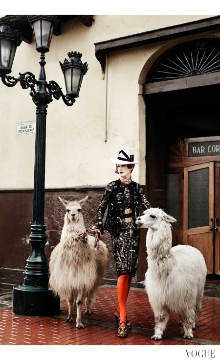 Stella Tennant by Mario Testino (El Dorado - US Vogue September 2012) 3